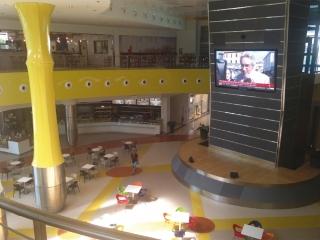 Controsoffittature di centri commerciali - color flooring