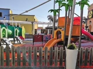 Pavimento antitrauma in aree ludiche all'aperto